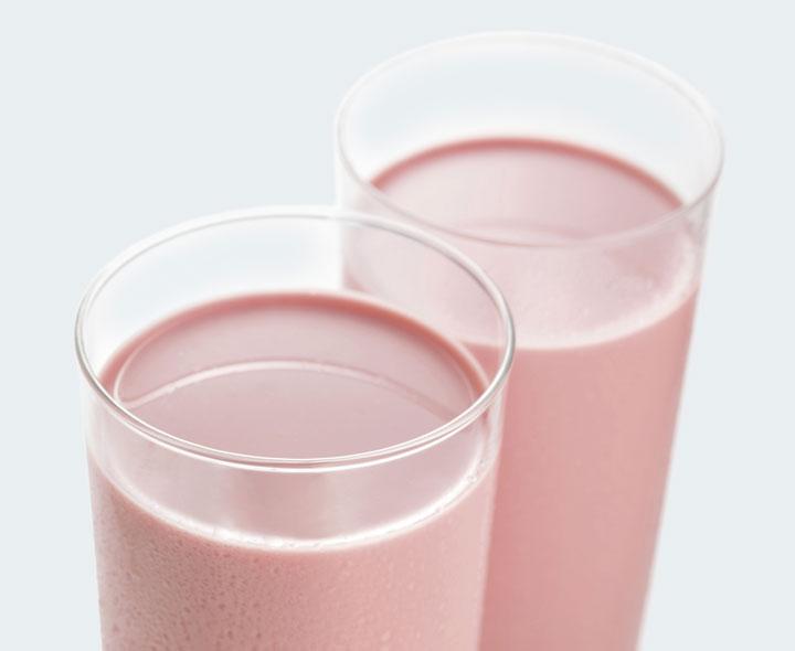 Strawberry flavour drink